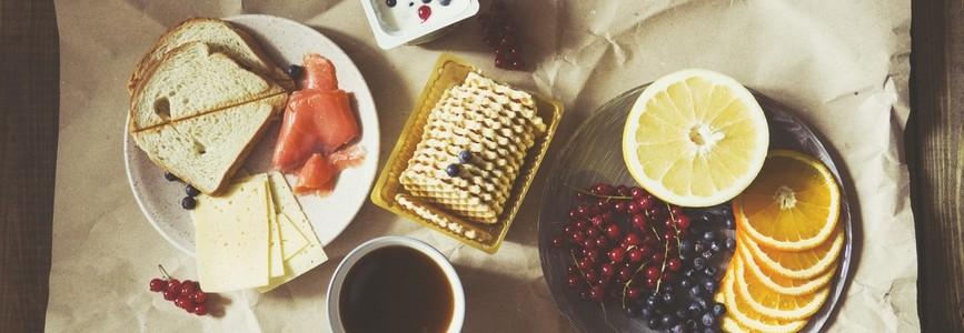 desayuno de alimentos ricos en fibra